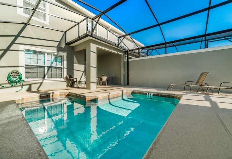 Amazing 4 bedroom villa just 5 minutes from Disney, Kissimmee, Apartment, Multiple Bedrooms, Terrace/Patio