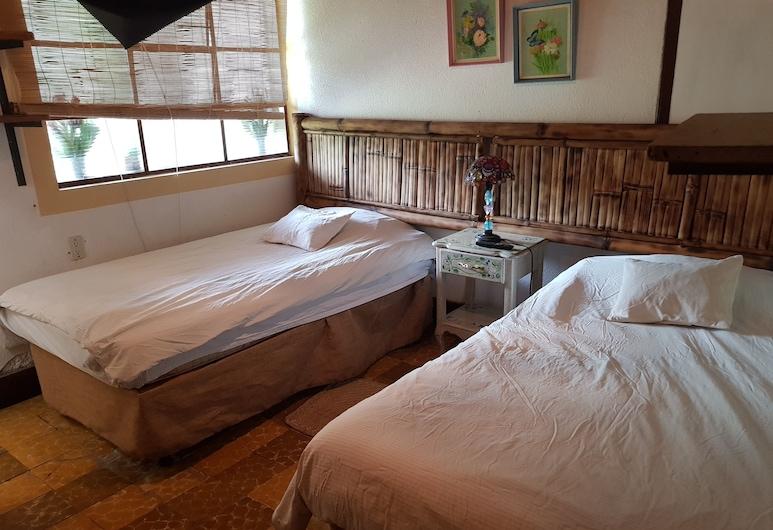 Hotel Casa Chapultepec - Hostel, Coban, Double Room Single Use, 2 Single Beds, Guest Room