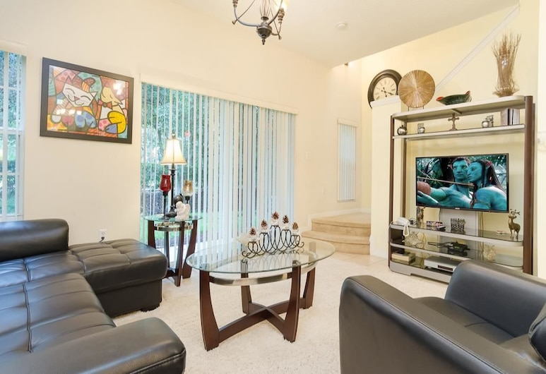 Crystal Cove Holiday Home, Kissimmee