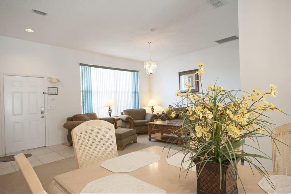 Apartment, Mehrere Schlafzimmer - Essbereich im Zimmer