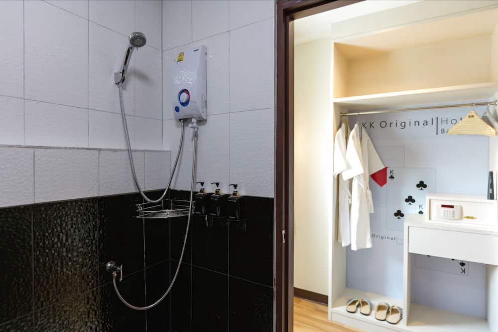 Standard-huone, 1 parisänky - Kylpyhuoneen suihku