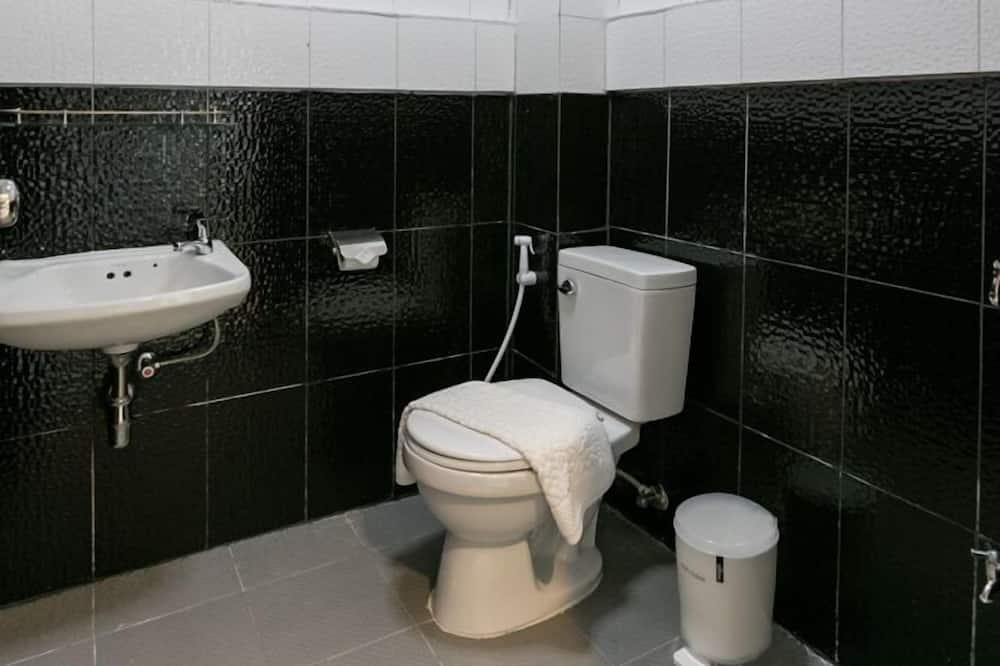 Standard-huone, 1 parisänky - Kylpyhuone