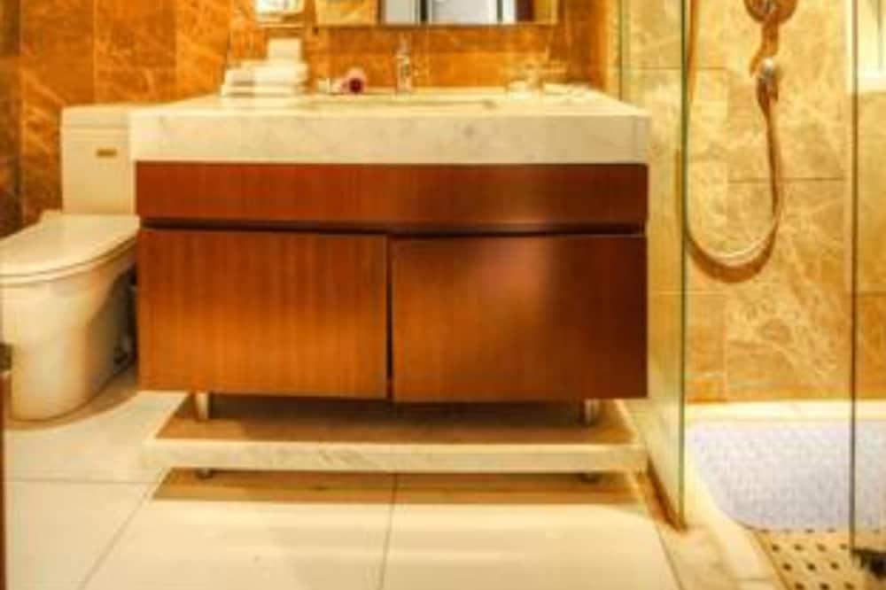 Deluxe Sea View Room - Bathroom