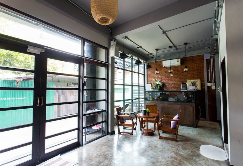 Baan 89 Hostel, Bangkok, Hala