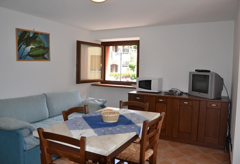Residence Aquila, Brusson, Apartment, 1 Bedroom, Balcony, Living Area