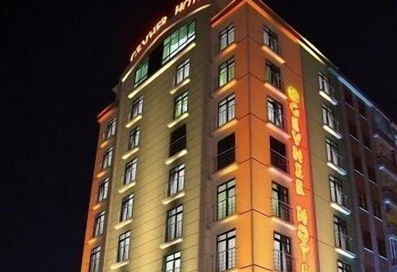 Gevher Hotel, Kayseri, Voorkant hotel - avond/nacht