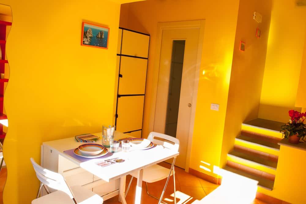 Comfort Studio, 1 Bedroom - Living Area