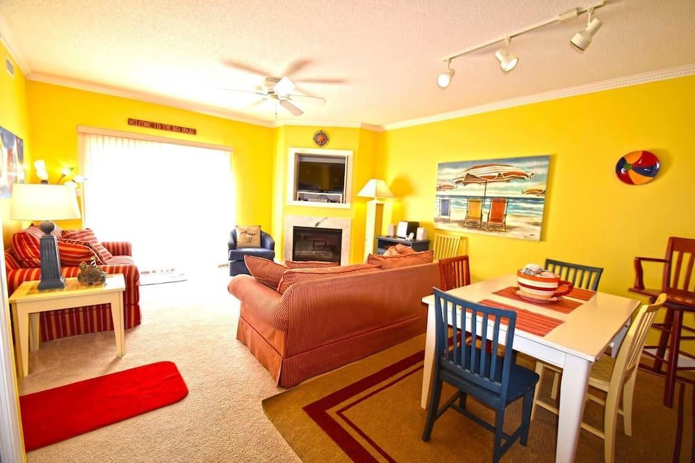 คอนโด, 2 ห้องนอน - พื้นที่นั่งเล่น