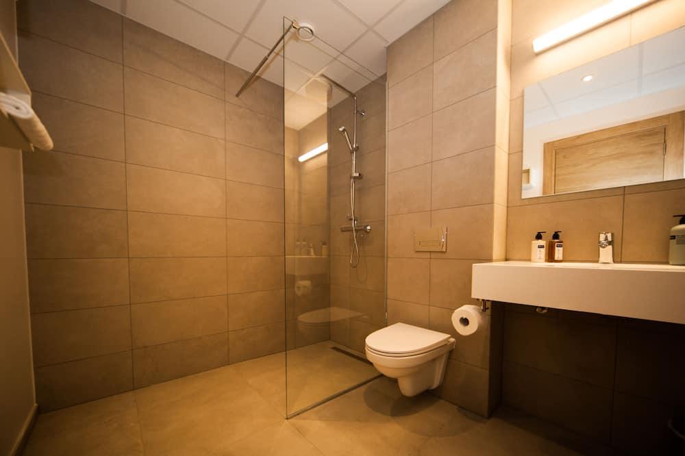 Ortak Ranzalı Oda (4 Beds) - Banyo