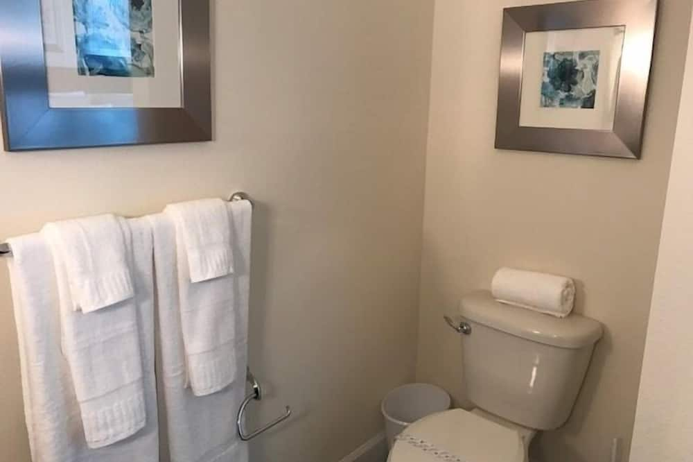 Apartman, više spavaćih soba - Kupaonica
