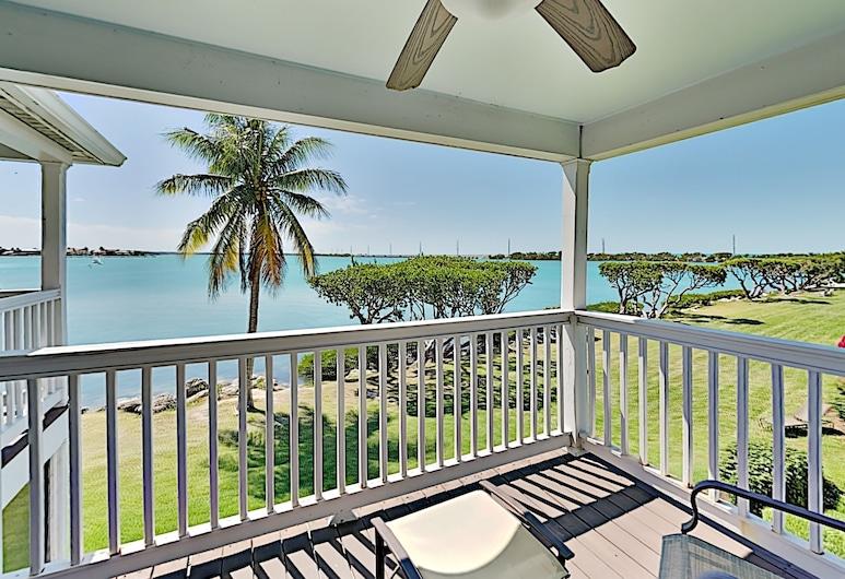 Island 2br Waterfront Villa 2 Bedroom Villa, Marathon