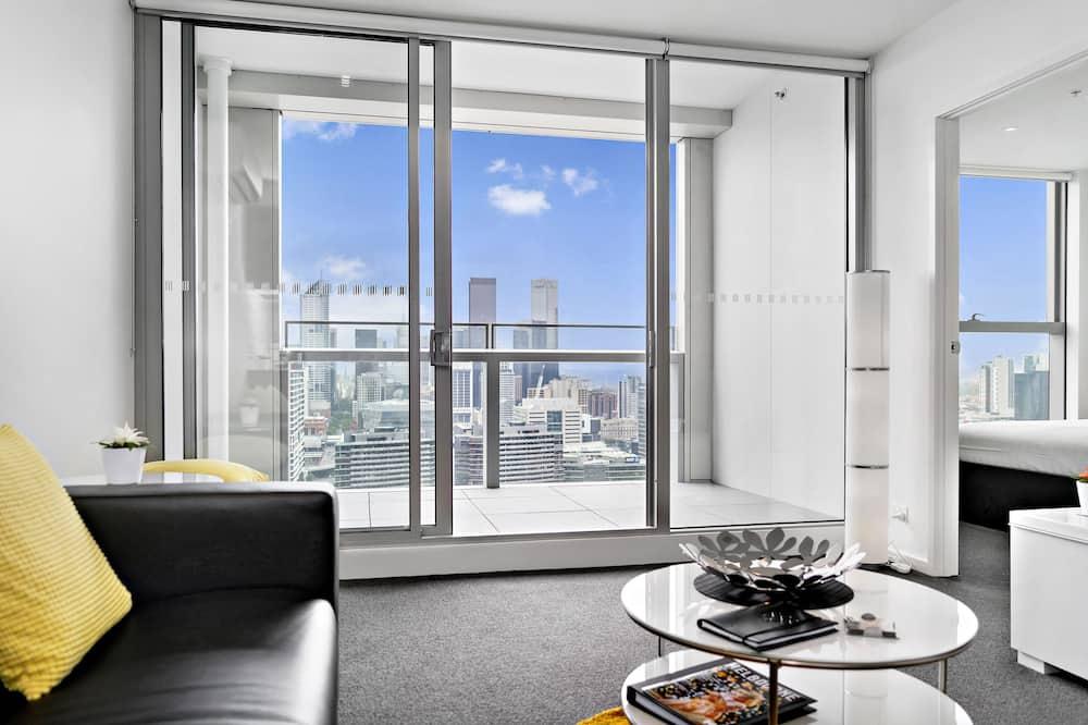 Premium Apartment, 2 Bedrooms - Living Room