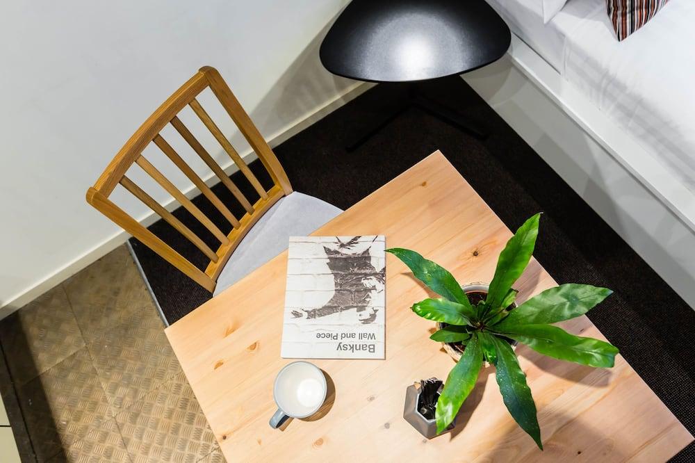 Monolocale Basic, bagno privato - Pasti in camera