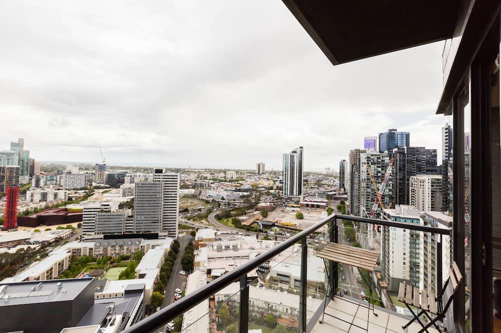 City Apartment, 2 Bedrooms, City View - Balcony