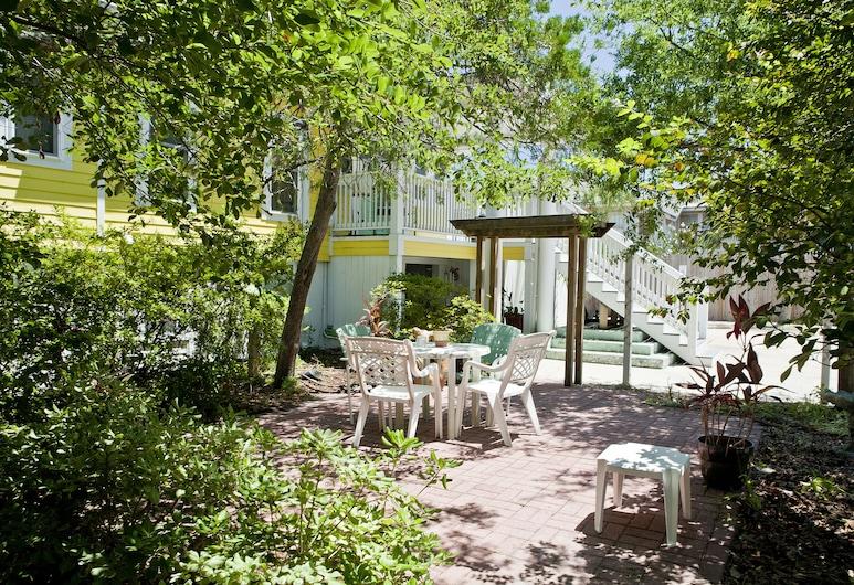 จอร์เจียน อินน์แอนด์สวีทส์, ทีบีไอแลนด์, สตูดิโอ, เตียงควีนไซส์ 2 เตียง, ห้องครัวขนาดเล็ก (5), ลานระเบียง/นอกชาน