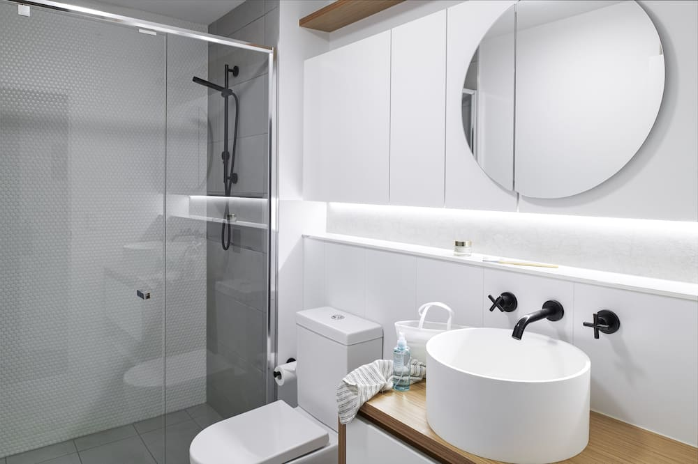Superior One Bedroom Apartment - バスルーム