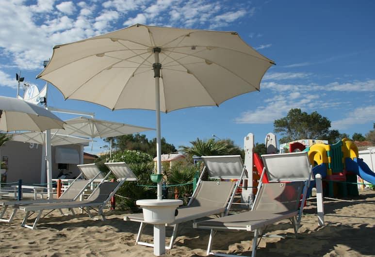 Hotel Kim, Rimini, Pantai