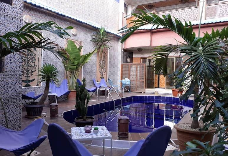 卡波爾格酒店, 達卡, 泳池
