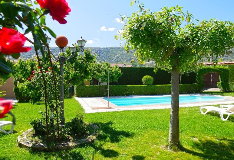 Casa Rural El Berrueco, Solosancho, בריכה