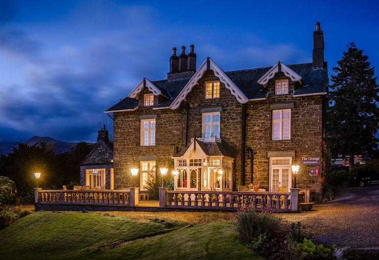 The Grange Country House, Keswick, Hotellin julkisivu illalla/yöllä