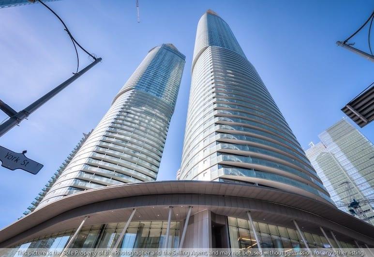 Modern Skyscraper Studio by CN Tower, Toronto, Terrein van accommodatie