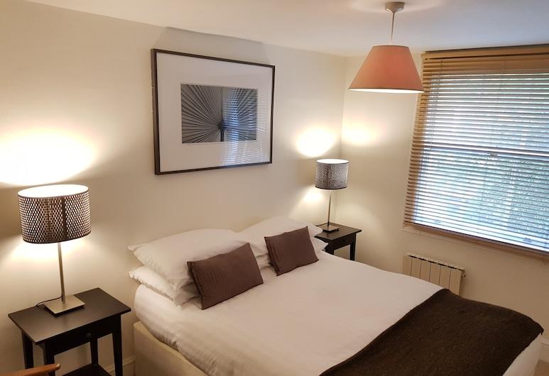 Modern 2 Bedroom Flat in Victoria - Zone 1, London, Comfort-Apartment, eigenes Bad, Stadtblick, Zimmer