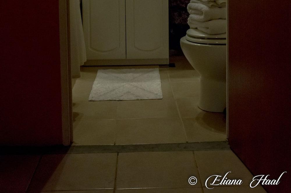 Oda (Amanecer) - Banyo