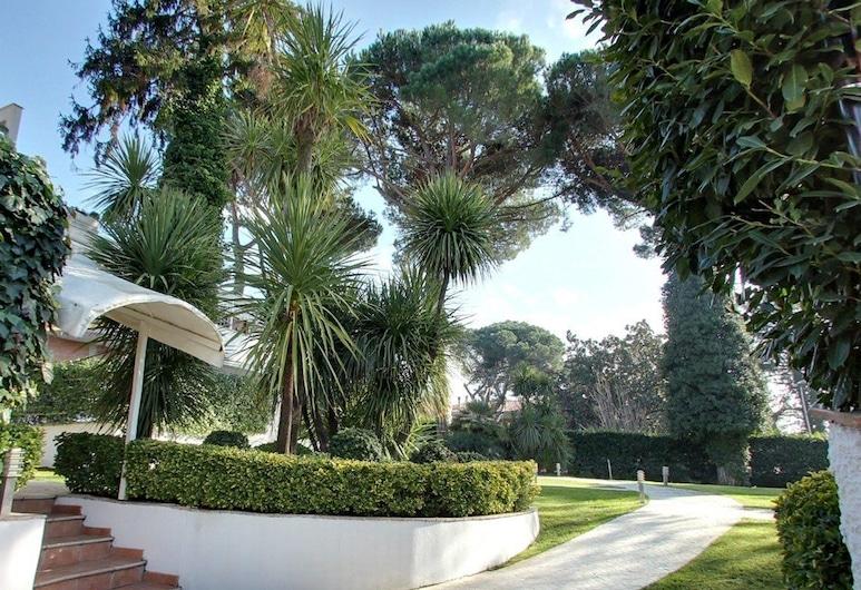 Residence Relais Cassia, Rome, Property Grounds
