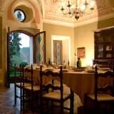 ヴィラ ベッドルーム (複数) ヴィンヤードビュー (Il Castello) - 室内のダイニング