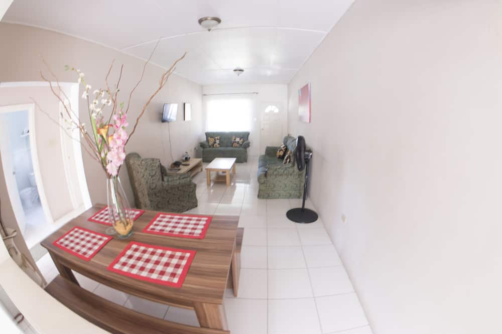 Apartemen Keluarga, 2 kamar tidur, non-smoking, dapur - Tempat Makan Di Kamar