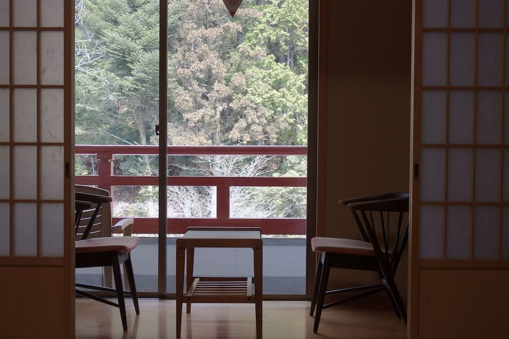 Traditional Room, Non Smoking, Shared Bathroom (Japanese Style, Temple Lodging) - Ruang Tamu