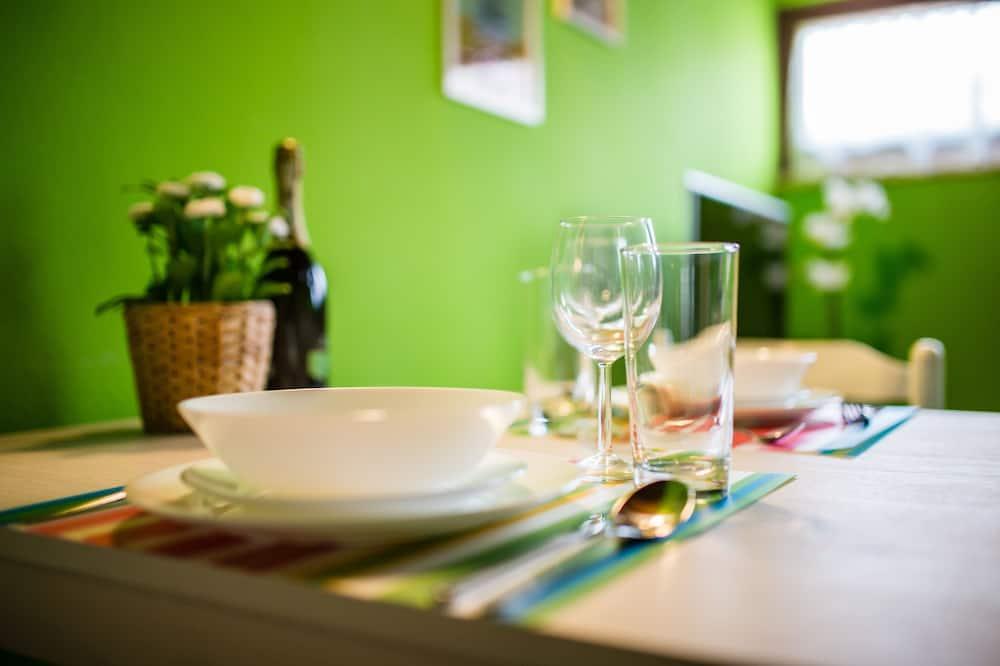 Design Duplex, 1 Bedroom - In-Room Dining