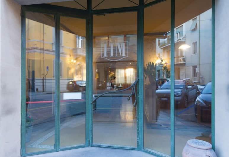 Hotel Moderno, Pisa, Hotel Entrance