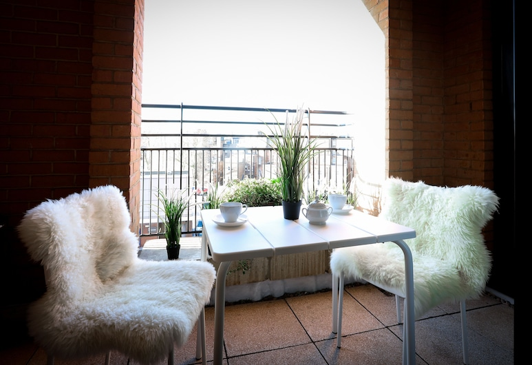 Point West, London, Apartment, 1 Bedroom, Balcony