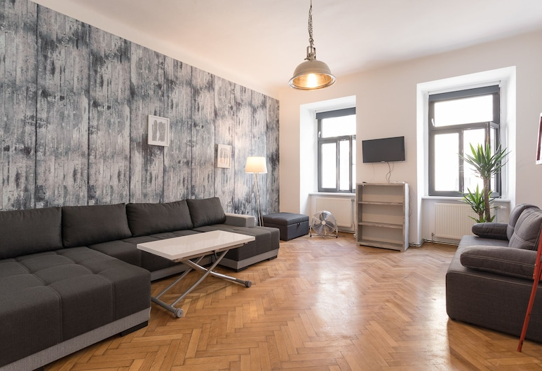 Vintagehome: Apartments by Naschmarkt, Vienna, Vintage Apartment am Naschmarkt, Living Area