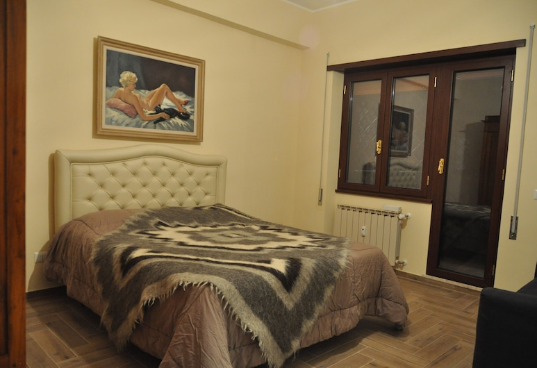 La Tana di Sofia, Rome, Double Room (with extra bed), Guest Room