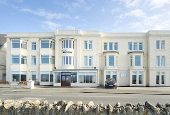 Picture of The Marina Hotel in Newquay