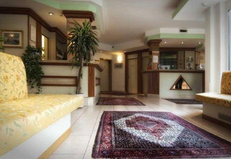 Hotel Garnì Villa Fontana, Trente, Hall