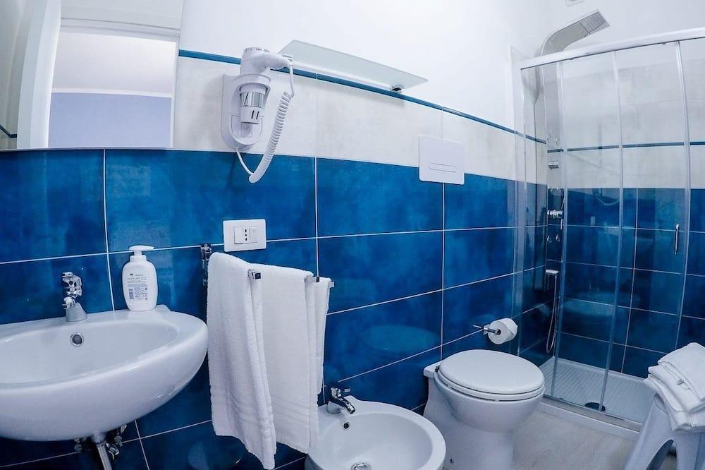 トリプルルーム シティビュー - バスルーム