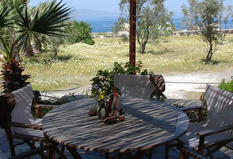 Siskosplace, Santorini, Outdoor Dining