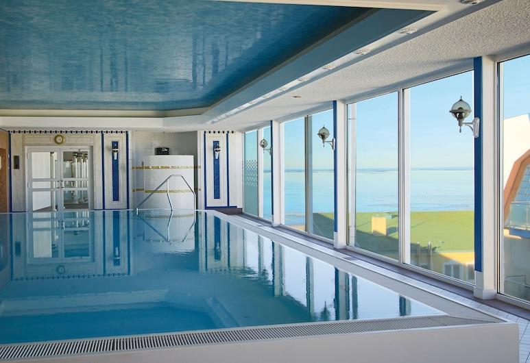 هوتل ستراندبيرل, كوكسهافين, حمام سباحة
