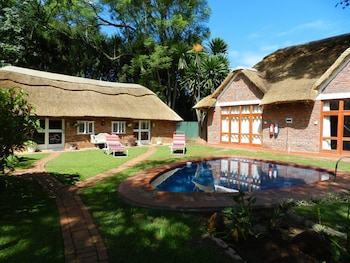Picture of Kutandara Lodges in Harare