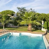 Villa With 3 Bedrooms in Nuevo Portil, With Shared Pool, Enclosed Garden and Wifi - 500 m From the Beach