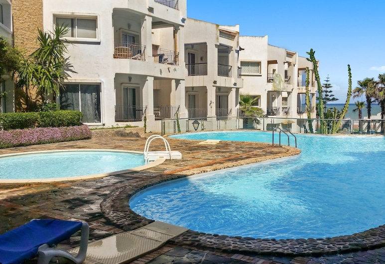 Apartment With one Bedroom in Tamaris, With Wonderful sea View, Shared Pool, Enclosed Garden - 250 m From the Beach, Dar Bouazza, Pool