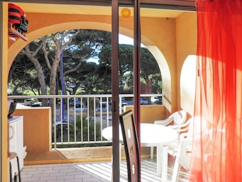 Picture of Studio in Hyères, With Furnished Terrace and Wifi - 150 m From the Beach in Hyeres