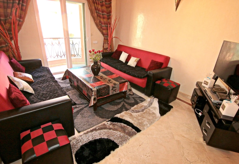 Apartment With 2 Bedrooms in Marrakesh, With Wonderful City View, Furnished Balcony and Wifi, Marrakech, Living Room