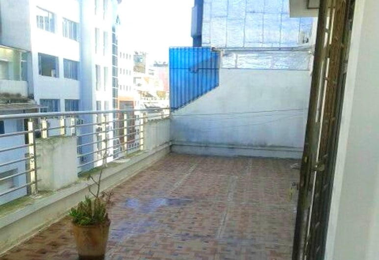 Apartment With 3 Bedrooms in Casablanca, With Wonderful City View and Terrace - 3 km From the Beach, Casablanca