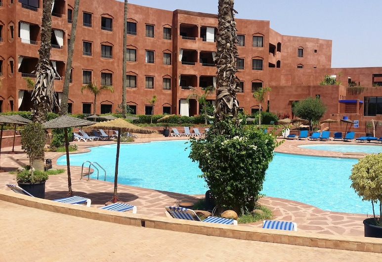 Apartment With 2 Bedrooms in Marrakech, With Shared Pool, Enclosed Garden and Wifi - 100 km From the Beach, Marrakech, Pool