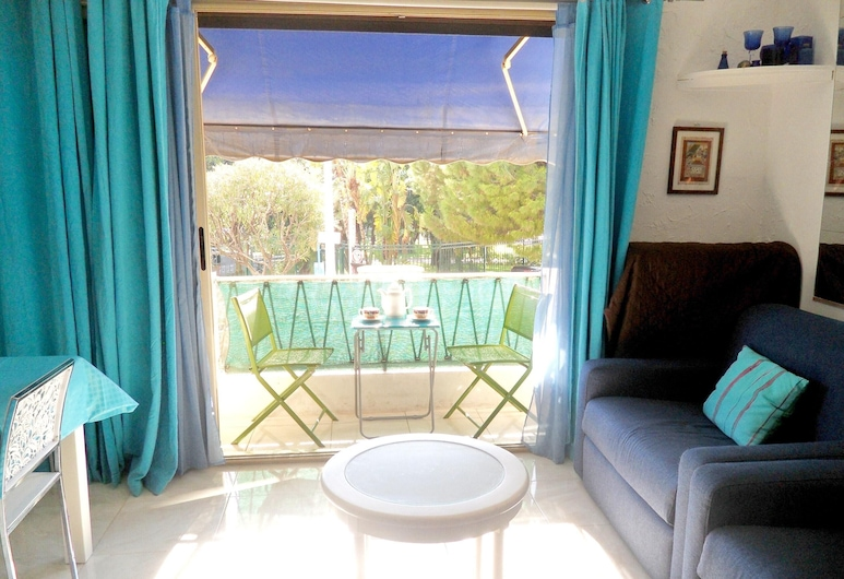 Apartment With one Bedroom in Cannes, With Wonderful City View, Furnished Terrace and Wifi - 50 m From the Beach, Cannes