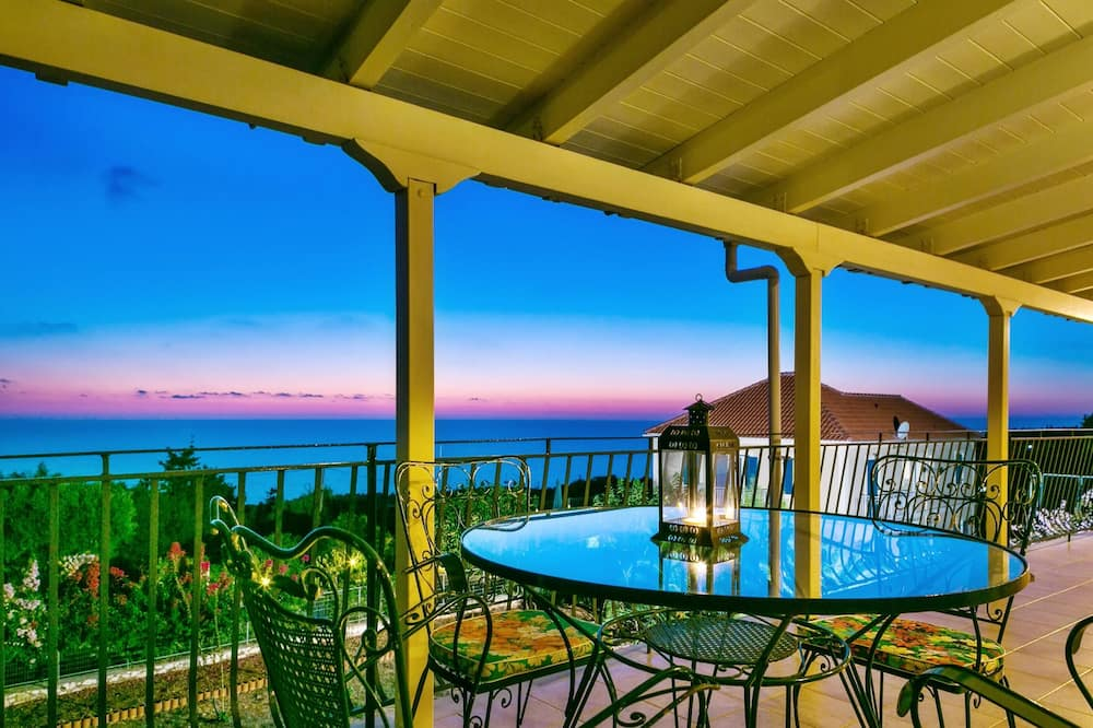 Apartment With 3 Bedrooms in Tzamarelata, Kefalonia, With Wonderful sea View, Enclosed Garden and Wifi - 5 km From the Beach